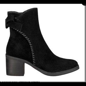 UGG Suede Fraise Whipstitch bow heeled bootie